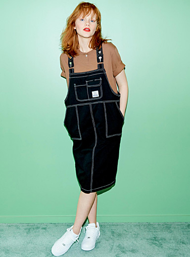 Contrast-stitching apron dress