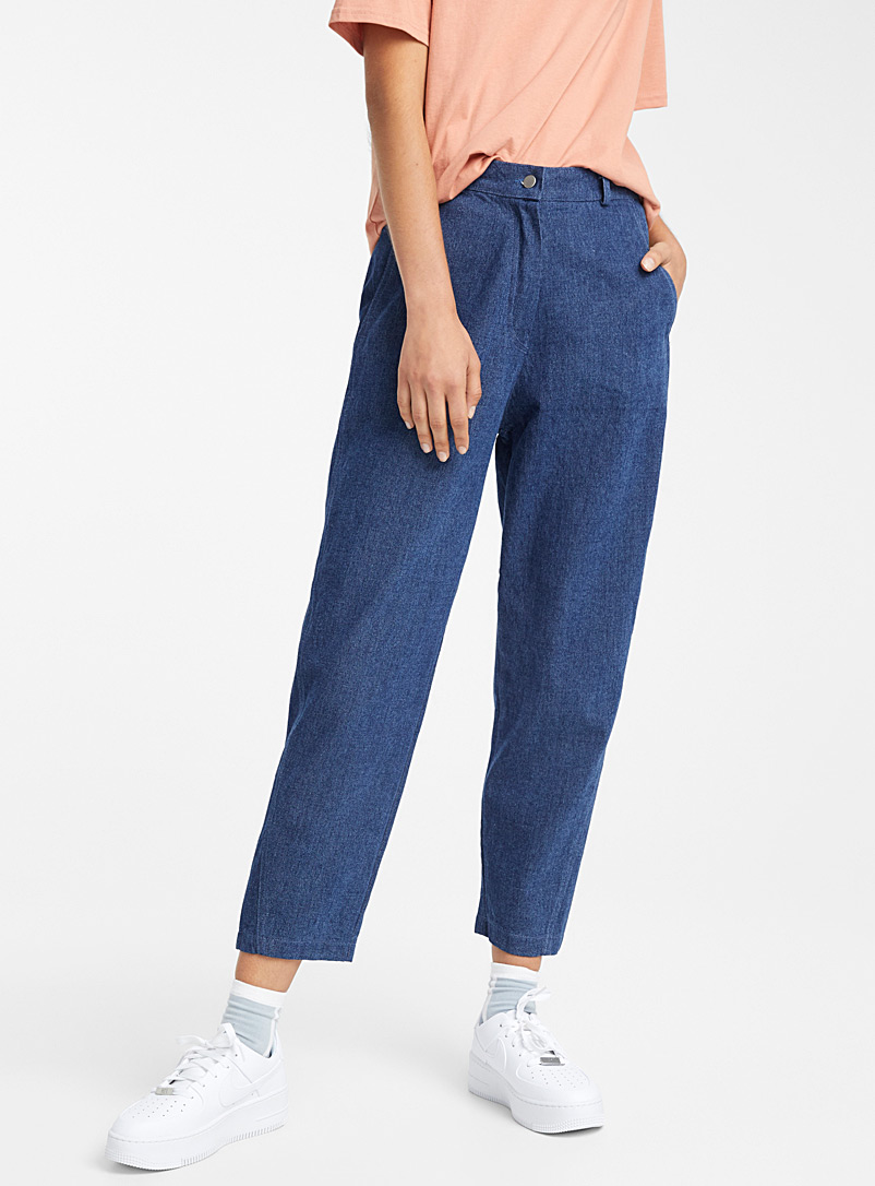 dark-blue-mom-jean