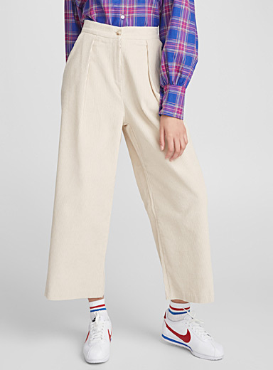 Ribbed pleated gaucho pant