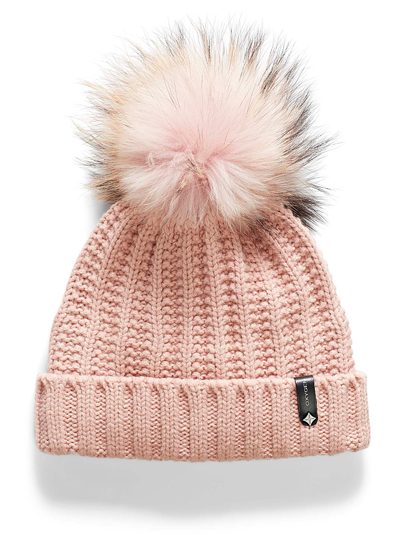 pompom-cuffed-tuque