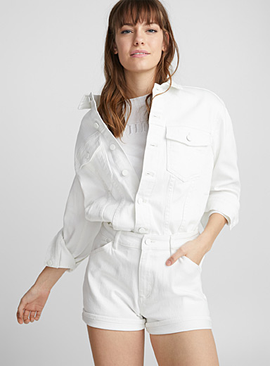 White loose jean jacket