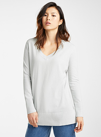 Long loose V-neck sweater