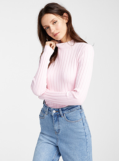 Ribbed high neck