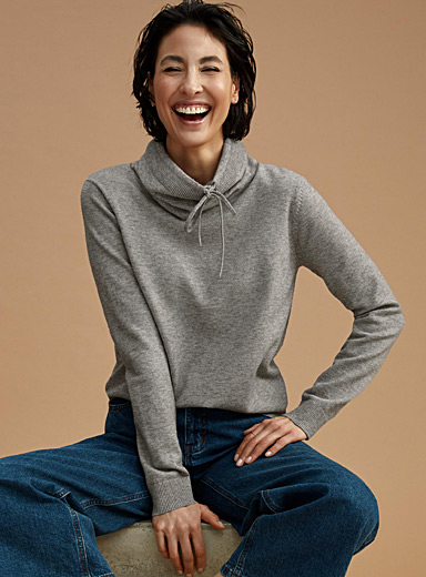 Contemporaine Light Grey Drawstring mock-neck sweater for women