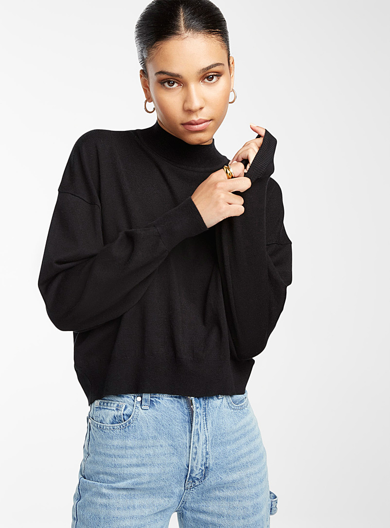 Icône Black Loose bubble-sleeve sweater for women