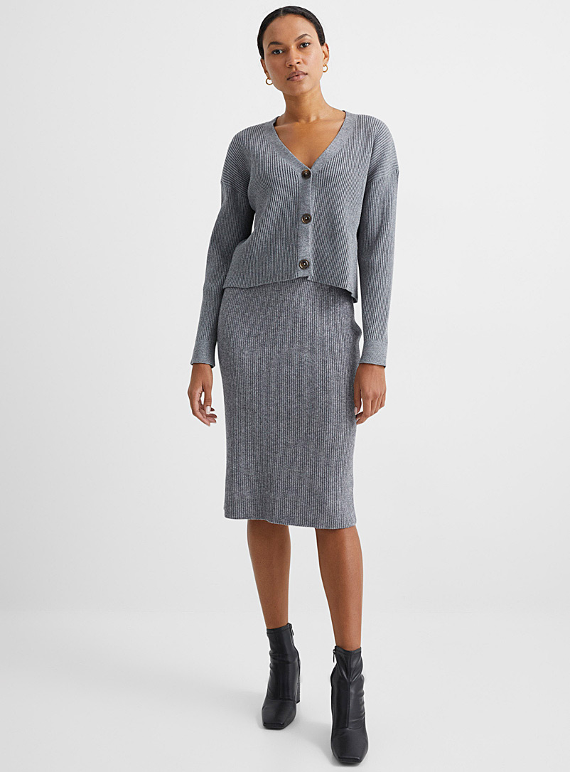Contemporaine Charcoal Loose & cropped ribbed cardigan for women