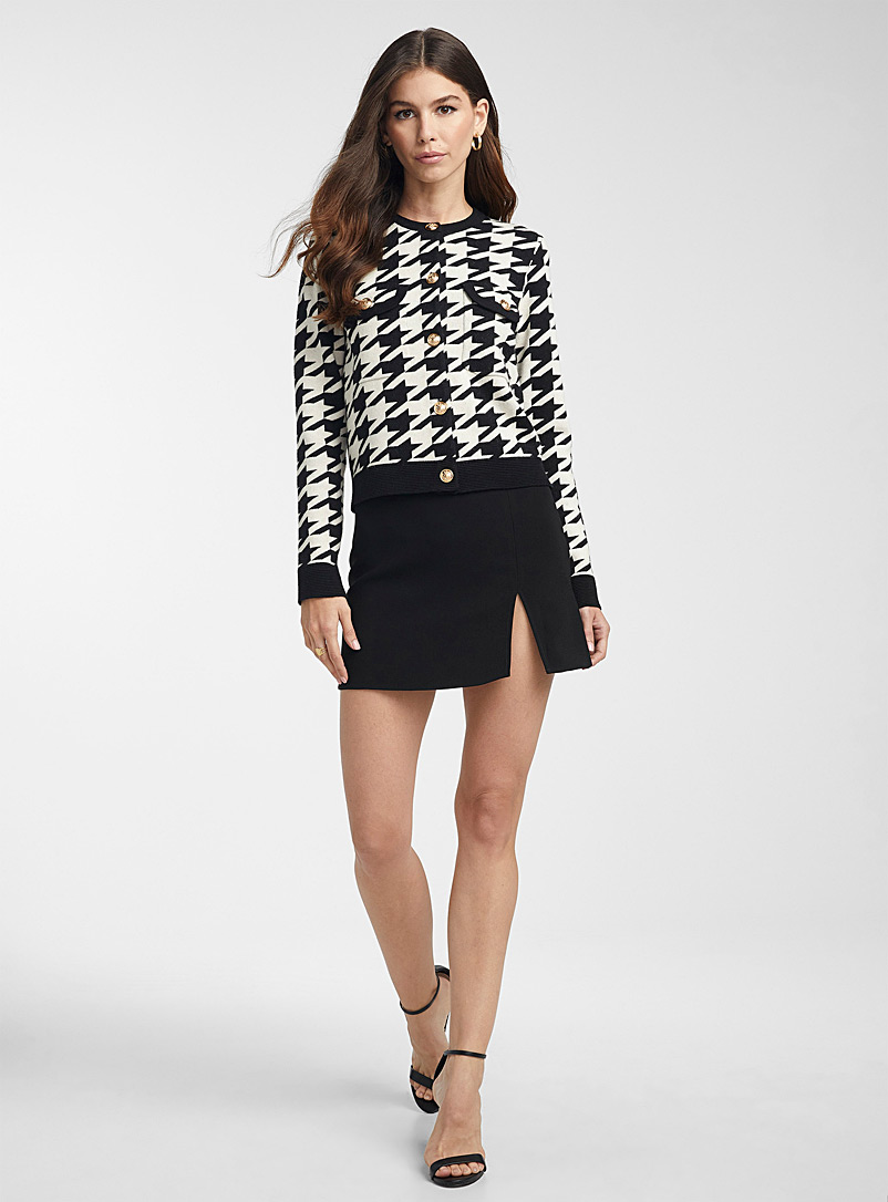 Icône Black and White Metal-button cardigan for women
