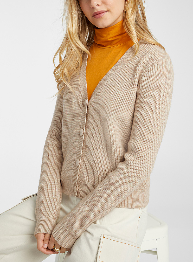 Covered button ribbed cardigan