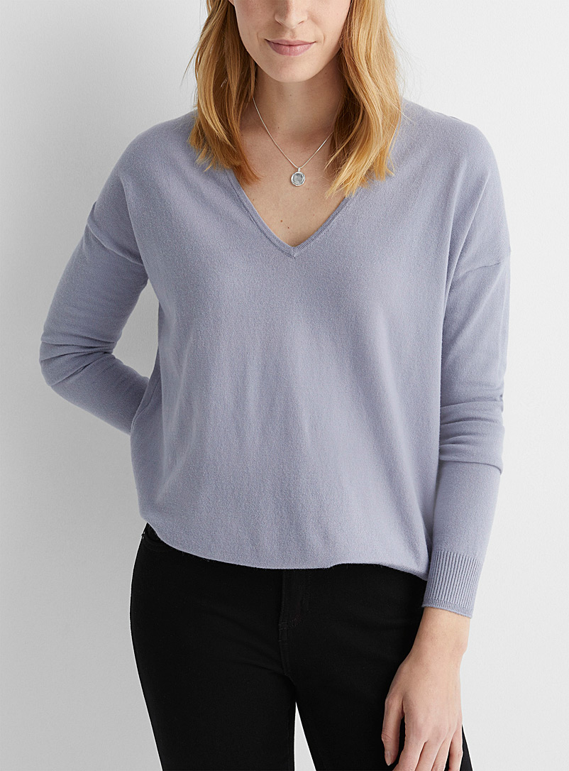 Contemporaine Baby Blue Soft loose V-neck sweater for women