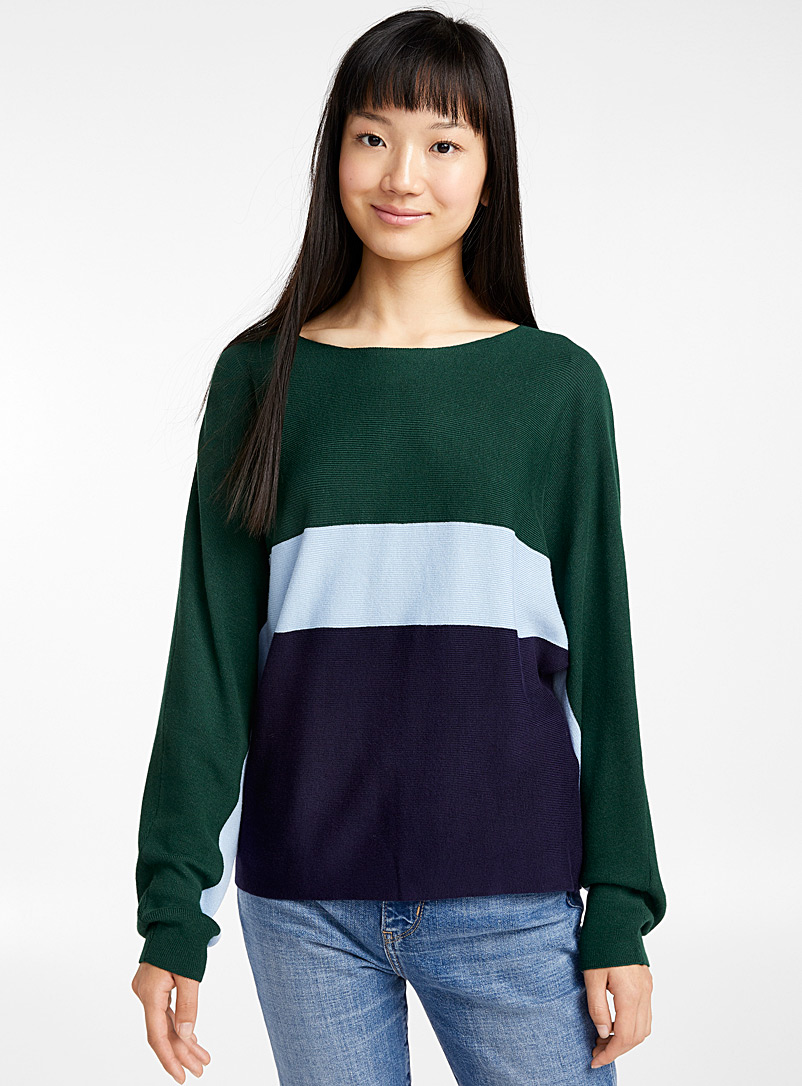 horizontal-block-stripe-sweater