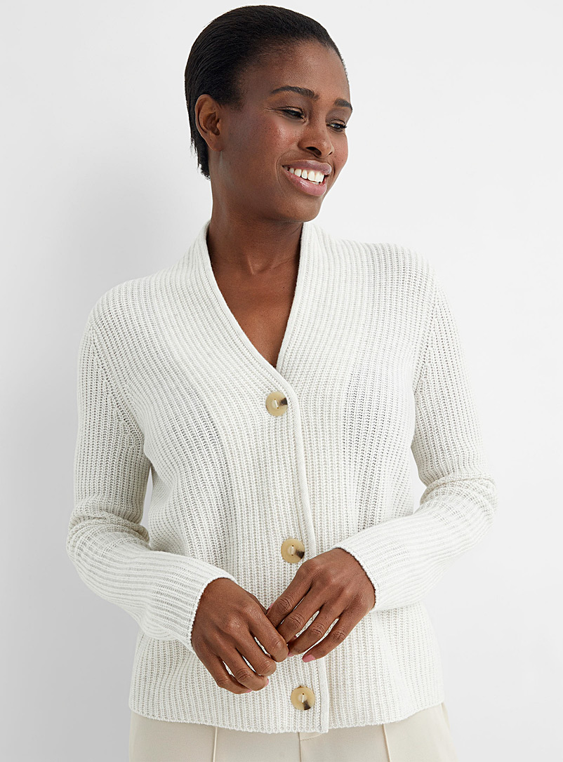 Vince Ivory White Tri-button ribbed cardigan for women