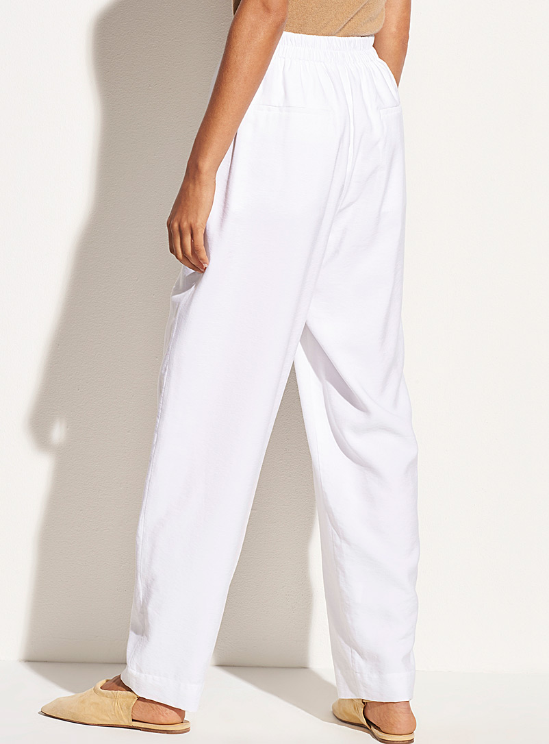 Vince White Fluid pleated white pant for women