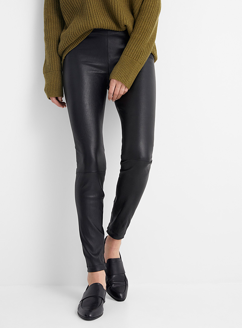 Le legging cuir chevilles zip