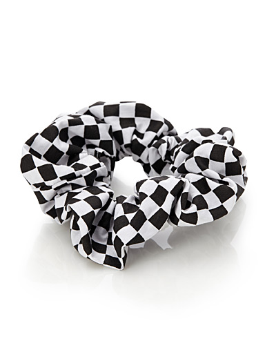 Checkerboard scrunchie