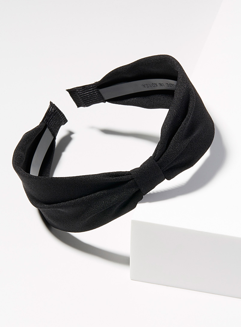 Retro knotted headband