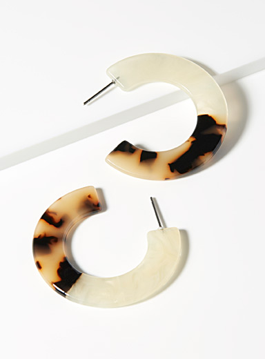 Two-tone tortoiseshell hoops