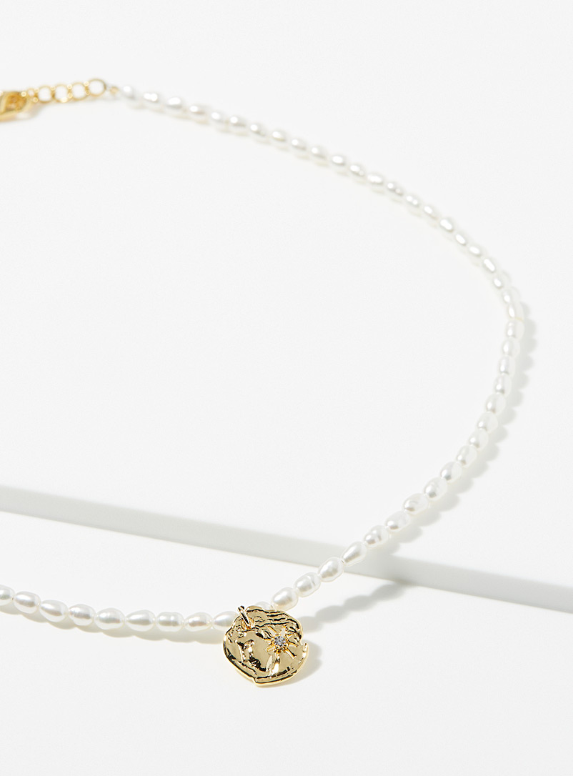Simons Assorted Gold medallion necklace for women