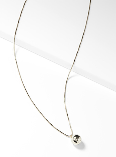 Metallic sphere necklace