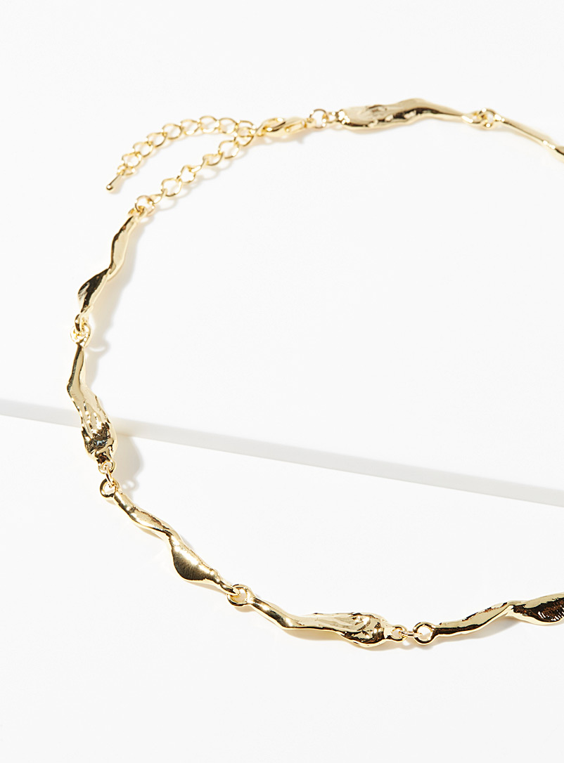 Simons Gold Hammered-charm choker for women