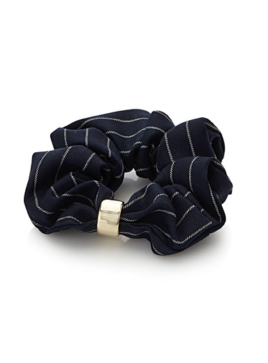 Chic stripe scrunchie
