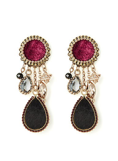 Chic vintage earrings