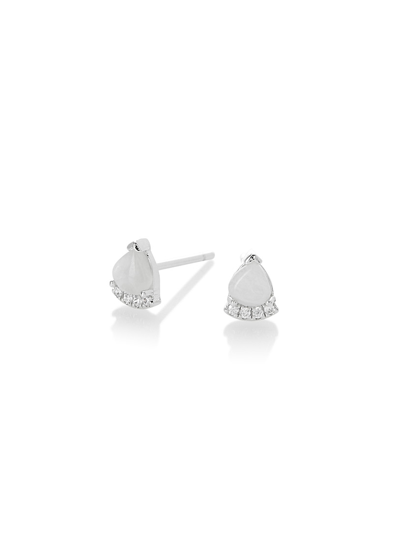dainty-earrings