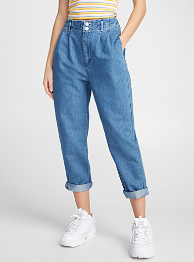Pleated mom jean