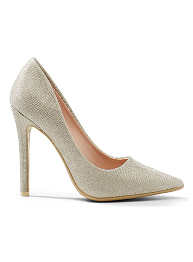 Simons Pearly Shimmery champagne stilettos for women
