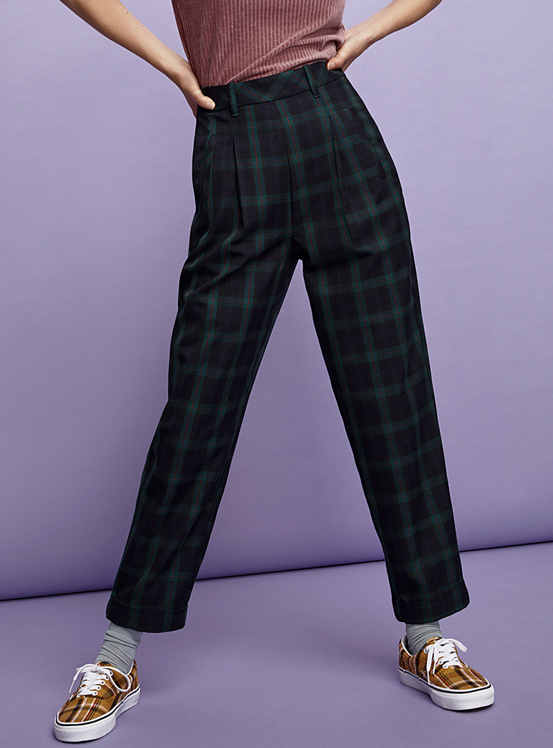 pleated-high-rise-pant