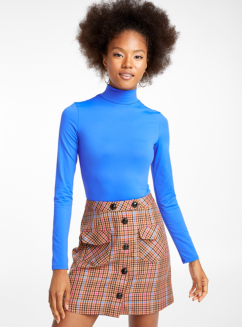 retro-accent-button-miniskirt