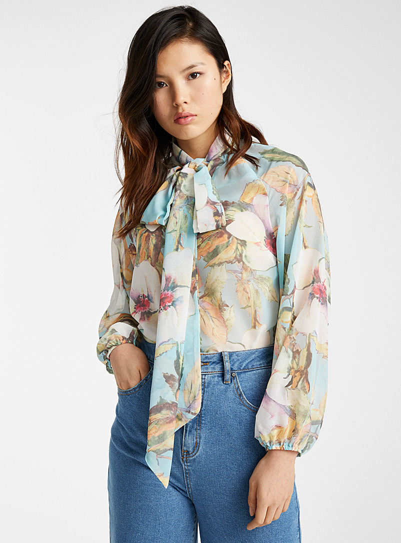 painterly-flower-scarf-blouse