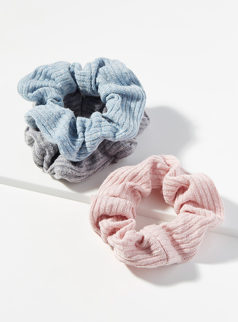 Simons Assorted blue Pastel hues scrunchies  Set of 3 for women