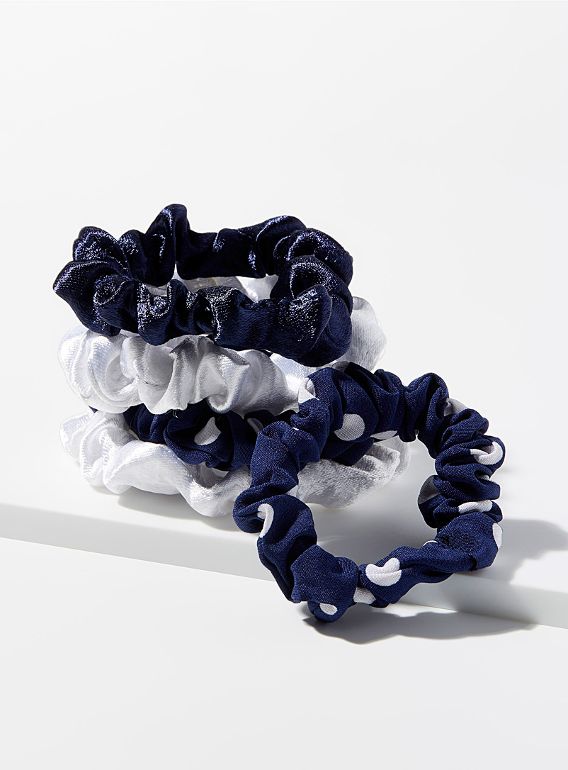 White and navy scrunchies  Set of 5