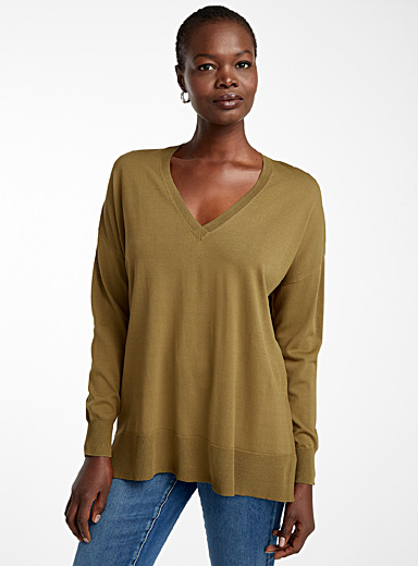 Contemporaine Khaki Oversized V-neck sweater for women