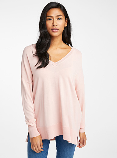 Contemporaine Pink Oversized V-neck sweater for women