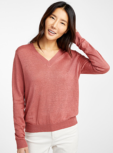 Organic linen V-neck sweater