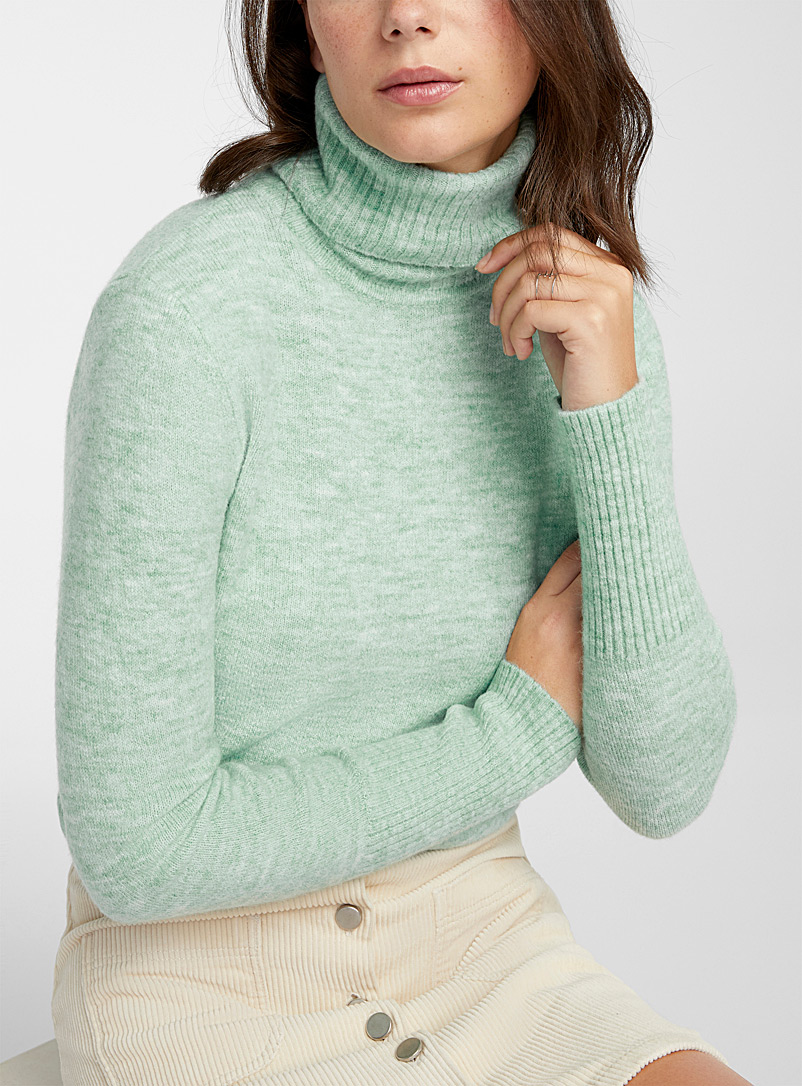 Twik Teal Wide-ribbed band turtleneck for women