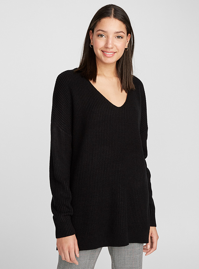 Loose V-neck ribbed knit sweater - Sweaters - Black