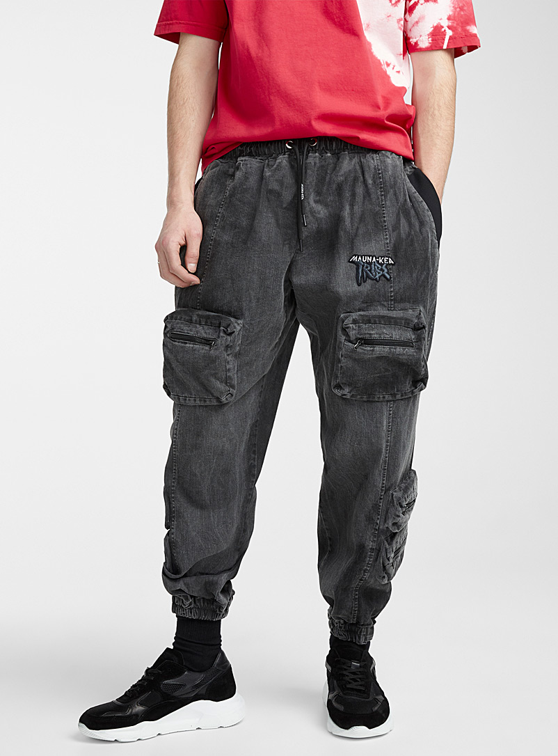 Mauna-Kea Black Utilitarian cargo joggers for men