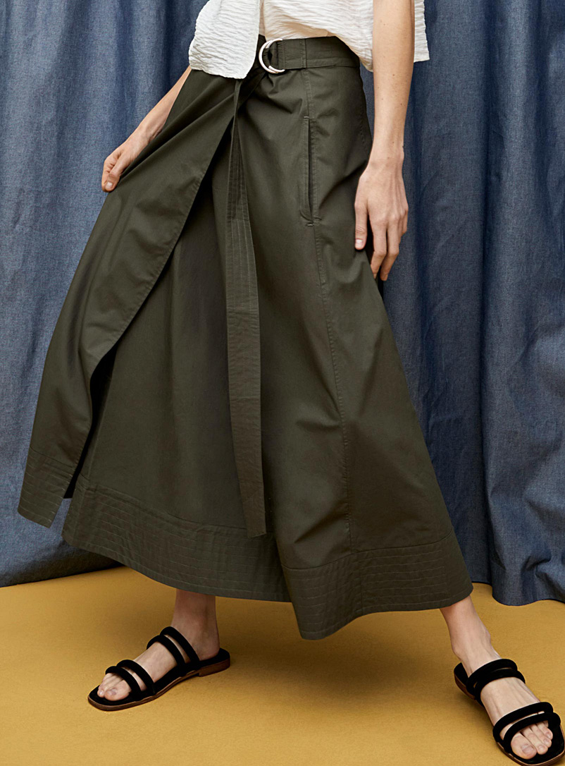 belted-wrap-skirt