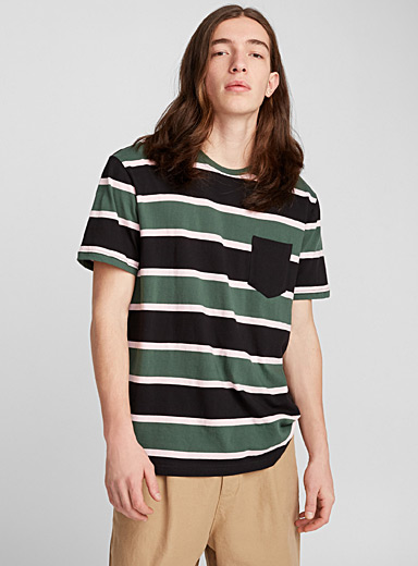 Striped accent-pocket T-shirt