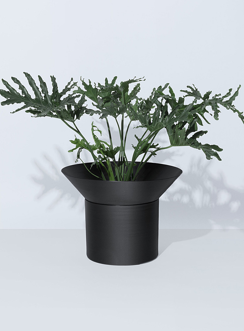 Aloe 10 planter - Allstudio - Black