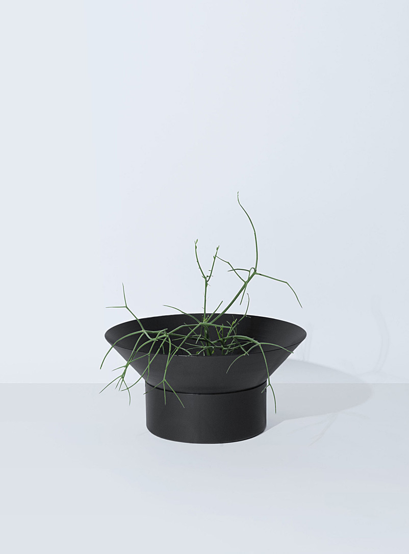 Allstudio: Le pot Aloe 5 Noir