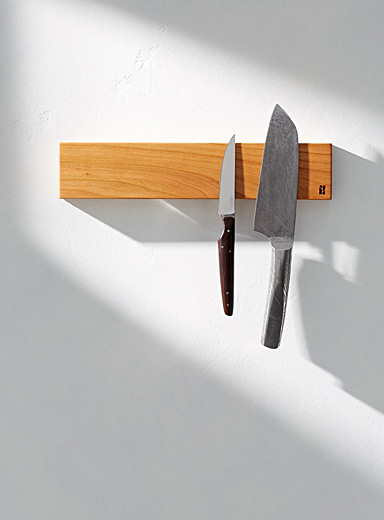 Short magnetic knife holder