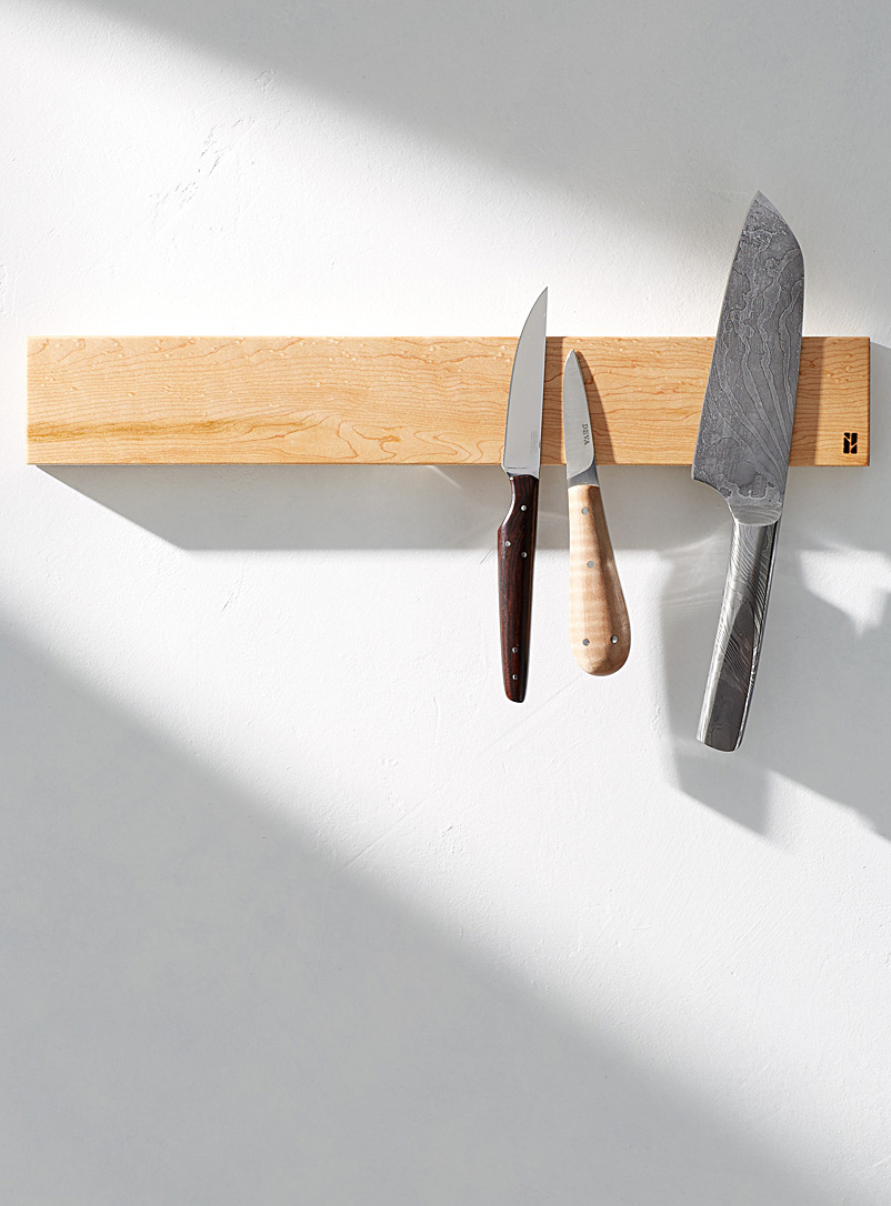 long-magnetic-knife-holder-with-balm