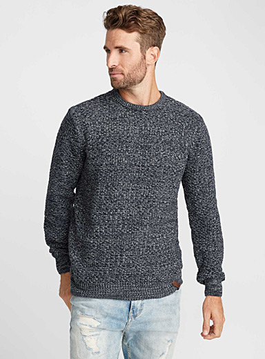Le pull tricot panier chiné