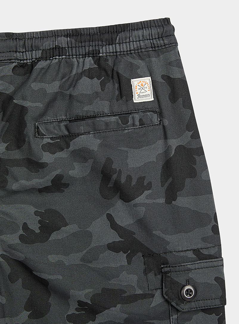 Le 31 Patterned Black Dark camouflage cargo jogger chinos for men