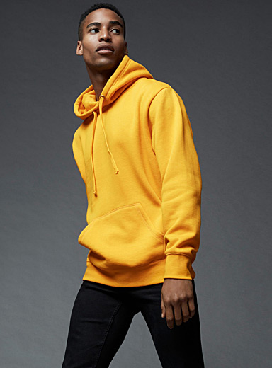 Pouch-pocket hoodie