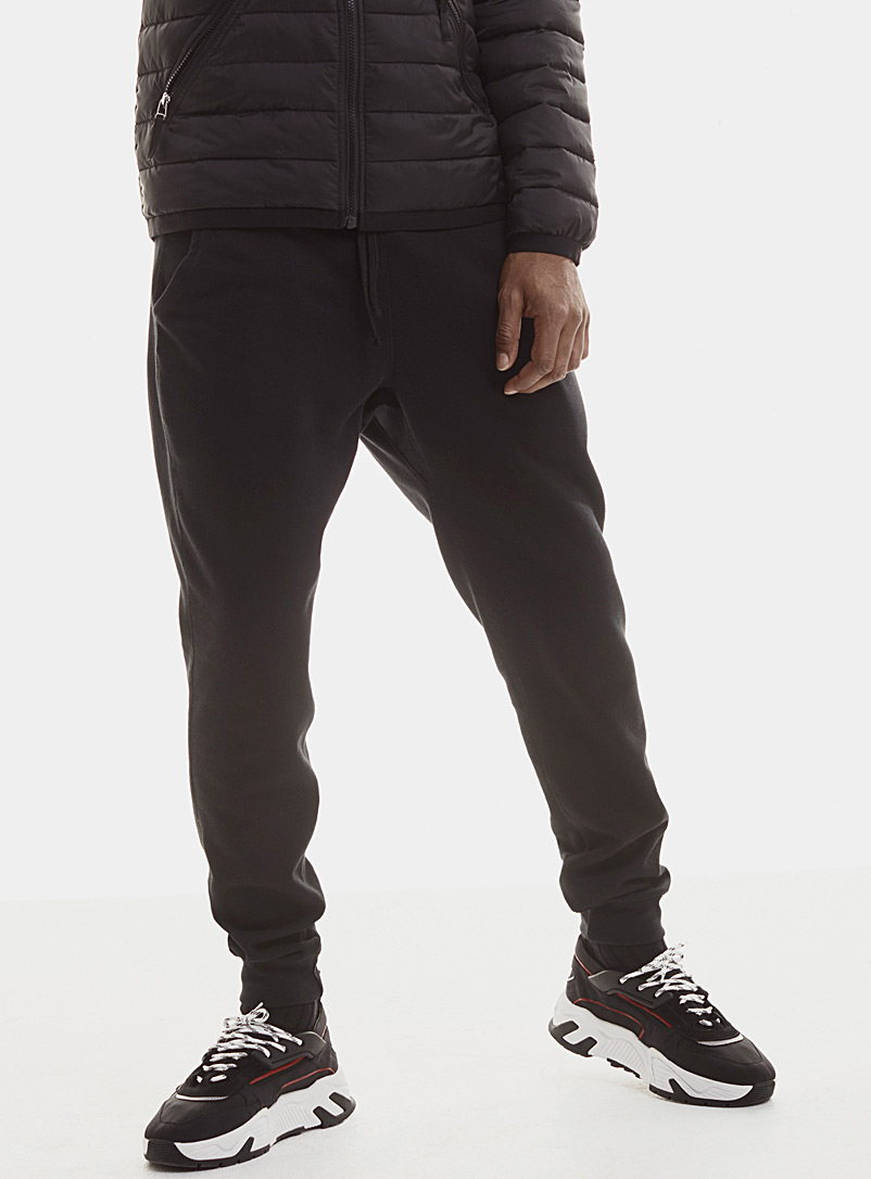 Le 31 Black Minimalist sweatpant for men