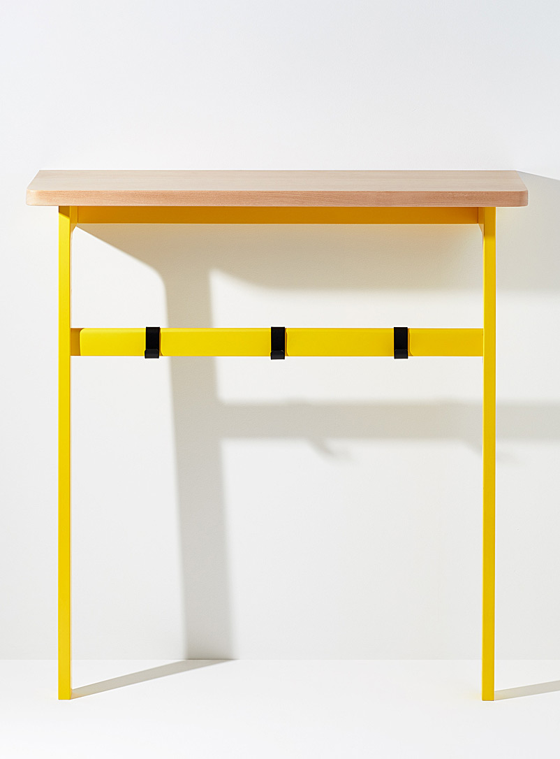 Us & Coutumes: La table console C5 Jaune moyen
